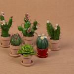Piantine grasse - sculture in ceramica ed acrilico - h. cm. 6-10