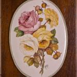 Ovale di ceramica con rose - maiolica - cm. 20x28